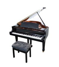 YAMAHA BABY GRAND PIANO at Ross's Auctions
