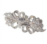 SILVER-TONE METAL DUET CLIP BROOCH SET WITH CRYSTALS at Ross's Auctions