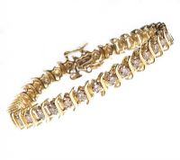 14CT GOLD AND DIAMOND TENNIS BRACELET at Ross's Auctions
