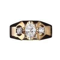 HEAVY 14CT GOLD AND DIAMOND RING at Ross's Auctions