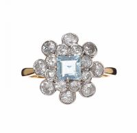 18CT GOLD DIAMOND AND AQUAMARINE CLUSTER RING at Ross's Auctions