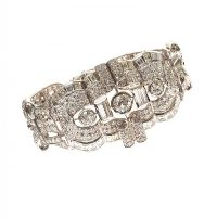RETRO PLATINUM DIAMOND BRACELET at Ross's Auctions