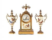 VICTORIAN CLOCK SET at Ross's Auctions