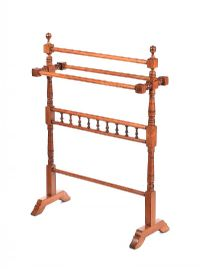 VICTORIAN MAHOGANY TOWEL RAIL at Ross's Auctions