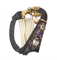 BOG OAK AND WICKLOW GOLD HARP BROOCH at Ross's Jewellery Auctions
