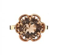 9CT GOLD SMOKY QUARTZ RING at Ross's Jewellery Auctions