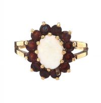 9CT GOLD OPAL AND GARNET RING at Ross's Jewellery Auctions