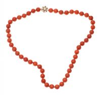 CORAL STRAND WITH 9CT GOLD CULTURED PEARL CLASP at Ross's Jewellery Auctions