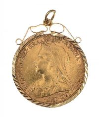 9CT GOLD MOUNTED SOVEREIGN at Ross's Jewellery Auctions