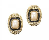 VINTAGE CLIP-ON EARRINGS WITH FAUX PEARL AND ENAMEL at Ross's Jewellery Auctions