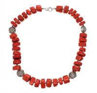 CORAL BEADED NECKLACE at Ross's Jewellery Auctions