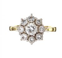18CT GOLD DIAMOND CLUSTER RING at Ross's Jewellery Auctions