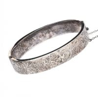 STERLING SILVER ENGRAVED BANGLE at Ross's Jewellery Auctions