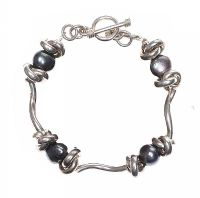 STERLING SILVER FRESHWATER PEARL BRACELET at Ross's Jewellery Auctions