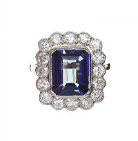 18CT GOLD AND PLATINUM TANZANITE AND DIAMOND RING at Ross's Jewellery Auctions