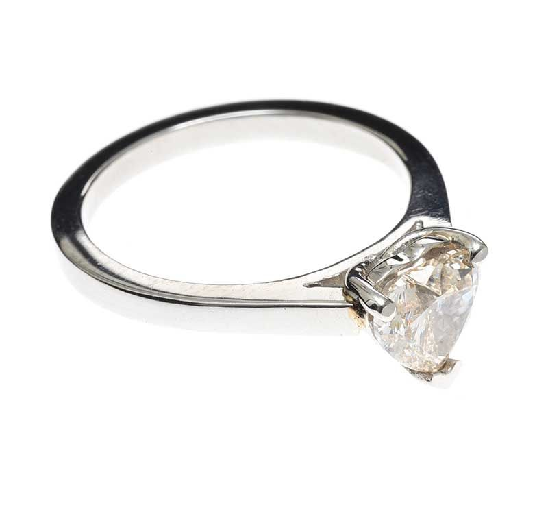 PLATINUM DIAMOND HEART-SHAPED SOLITAIRE RING at Ross's Online Art Auctions