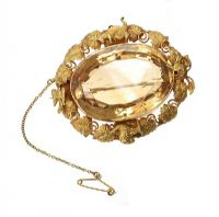 LARGE SOLID GOLD BROOCH SET WITH CITRINE at Ross's Jewellery Auctions