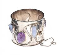 HEAVY STERLING SILVER CUFF SET WITH AMETHYST AND AGATE at Ross's Jewellery Auctions