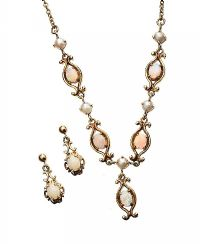 9CT GOLD OPAL EARRINGS AND NECKLACE SET at Ross's Auctions