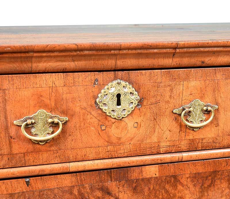 EIGHTEENTH CENTURY WALNUT CHEST OF DRAWERS at Ross's Online Art Auctions