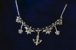 JANUARY JEWELLERY AUCTION - Vintage Art Deco Necklaces
