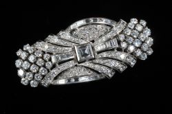 Antique and Vintage Jewellery at Ross's Auctioneers